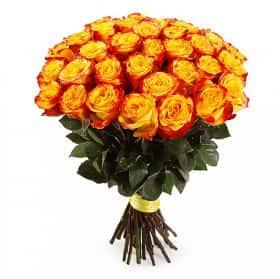 Букет Огненный поцелуй (35 роз)