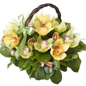 Корзинка с орхидеями «Сочный цитрус»
