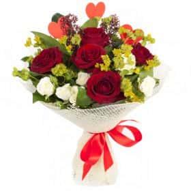 Букет с розами «Тайна любви»