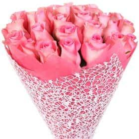 """Букет из 25 розовых роз """"Ревивал"""""""