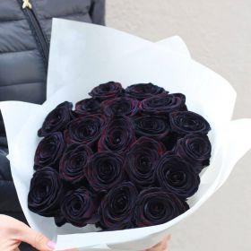 17 натуральных черных роз 70-90 см