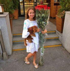 9 гигантских красных роз 160 см