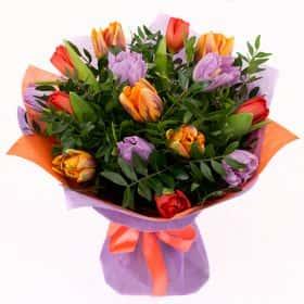 Букет тюльпанов «Яркие красоты»