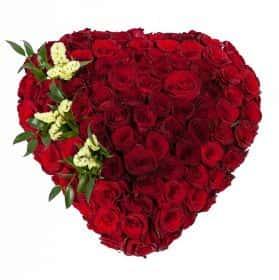 Пламенное сердце (251 роза)