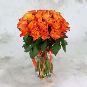 Букет из 25 оранжевых роз 40 см. Люкс