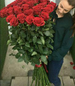 31 гигантская красных роза 150 см