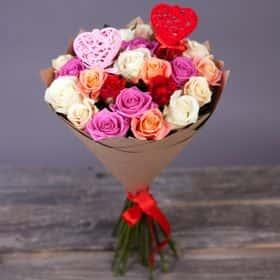 Букет с розами «Калейдоскоп любви»