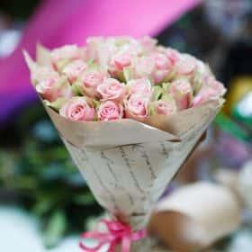 35 Кенийских роз