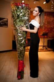 35 гигантских красных роз 200 см