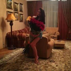 35 гигантских красных роз 150 см