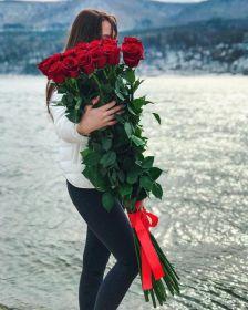 19 гигантских красных роз 150см